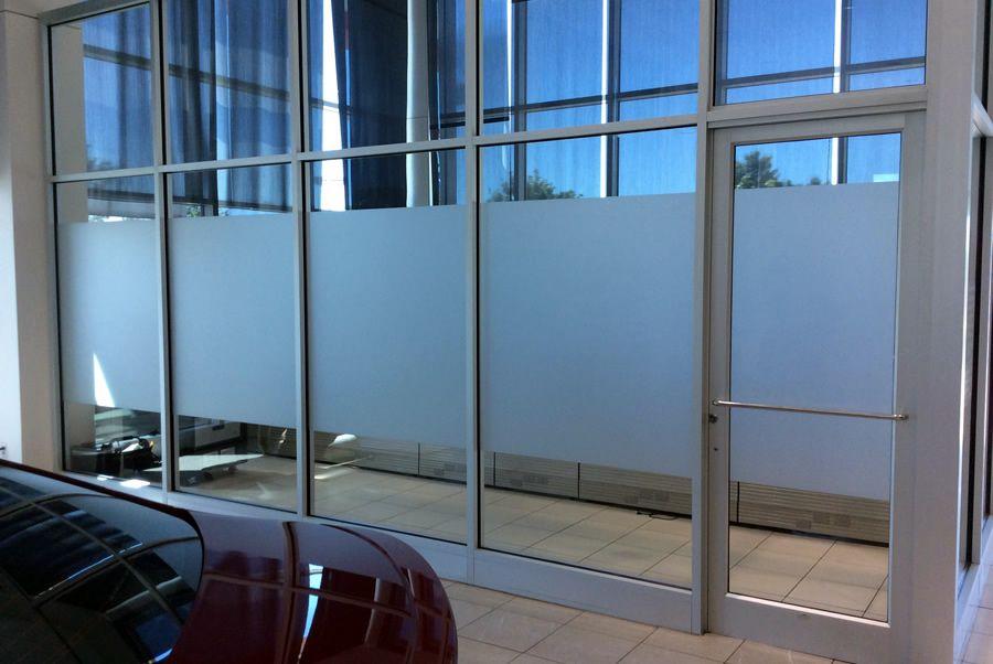 https://heritageprinting.com/blog/wp-content/uploads/Exterior-Window-Frosting.jpg