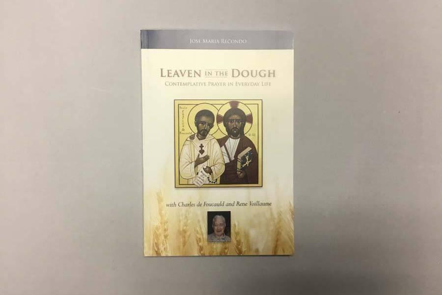 https://heritageprinting.com/blog/wp-content/uploads/Self-Published-Book.jpg